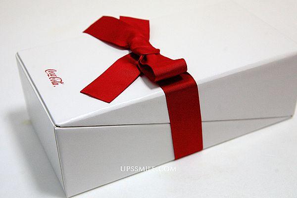 可口可樂年節禮,即日起凡參觀「可口可樂世界」,即免費贈送每人一罐可口可樂世界Welcome to Taoyuan限量紀念罐 @upssmile 向上的微笑 萍子 旅食設影