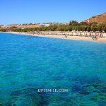 【希臘自助行】米克諾斯Kalafatis beach卡拉法蒂斯海灘,米克諾斯海灘,適合小孩玩沙大人曬日光度假勝地,愛琴海行程,米克諾斯打卡沙灘景點 @upssmile向上的微笑萍子 旅食設影