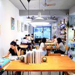 生活在他方elsewhere cafe,萍子推薦文青會想去繪本咖啡館,近中正紀念堂站咖啡館,店內書籍都可翻閱,提供Wi-Fi與插電,全台特色咖啡館 @upssmile向上的微笑萍子 旅食設影