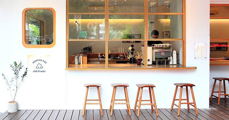 【台北內湖不限時餐廳】BUNA CAF'E 布納咖啡館 內湖店,純白簡約大理石獨棟約會餐廳,內湖網美打卡名店 @upssmile向上的微笑萍子 旅食設影
