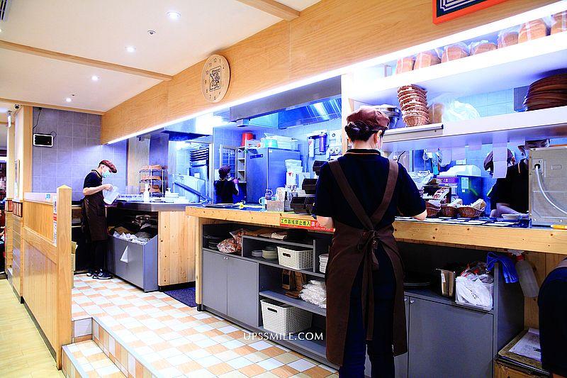 【松江南京站美食】客美多咖啡Komeda's Coffee南京建國店,來自名古屋咖啡館,日本喫茶店風格引領風潮,11點前點飲料送早餐 @upssmile向上的微笑萍子 旅食設影