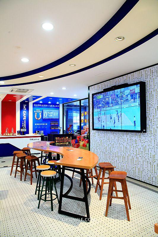 台中西屯 7-11 big7原義門市,複合式空間結合博客來、彩妝、K-Seren、柏克金生啤機、麵包、安永鮮物、照片拉花拿鐵,全台特色7-11門市,台中7-11門市 @upssmile向上的微笑萍子 旅食設影